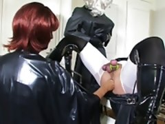 Bizarre latex and klepper fisting games 4 of 4